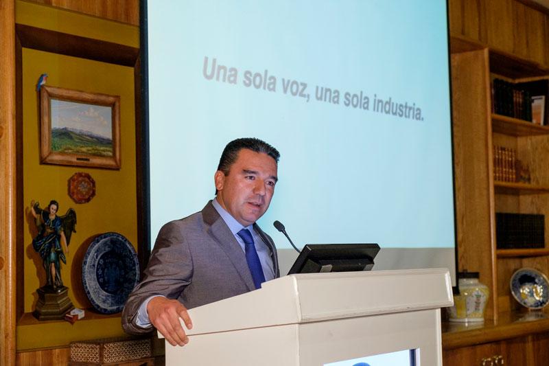 Lic. Román López Menese